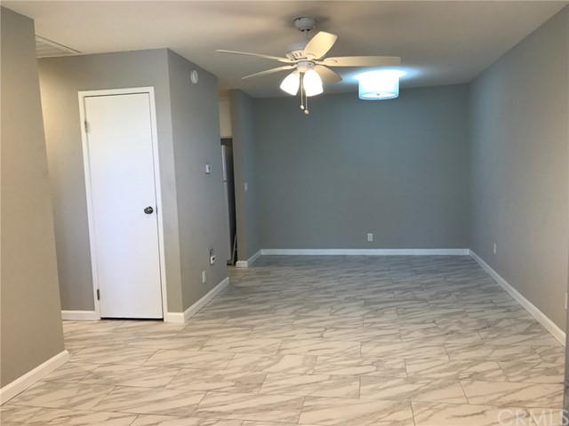 2857 N Los Felices Road Unit 212 Palm Springs, CA 92262 - MLS #: SW17161699
