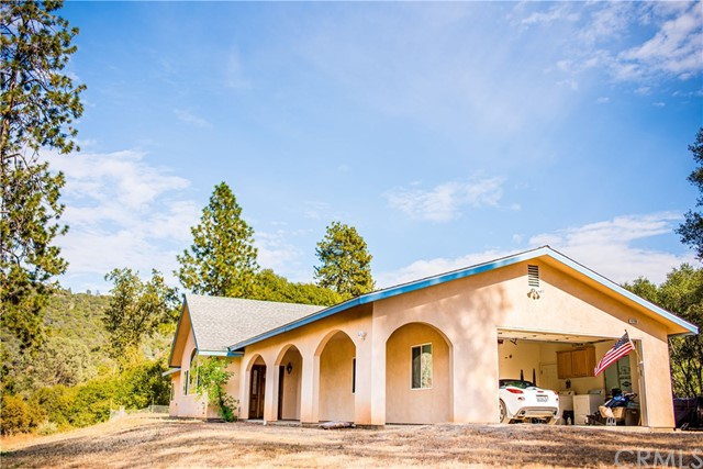 Detail Gallery Image 1 of 40 For 3730 Sherrod Rd, Mariposa, CA 95338 - 5 Beds | 2/1 Baths