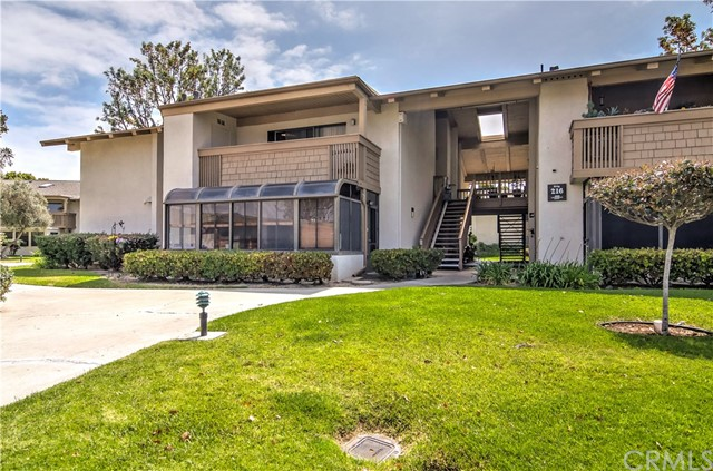 8888 Lauderdale Court Huntington Beach, CA 92646 OC18119099