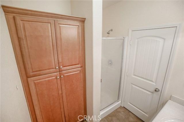 5087 Cottontail Way, Fontana CA: http://media.crmls.org/medias/6e6b4e47-edbc-4e3e-b23a-f553f9b30fe9.jpg