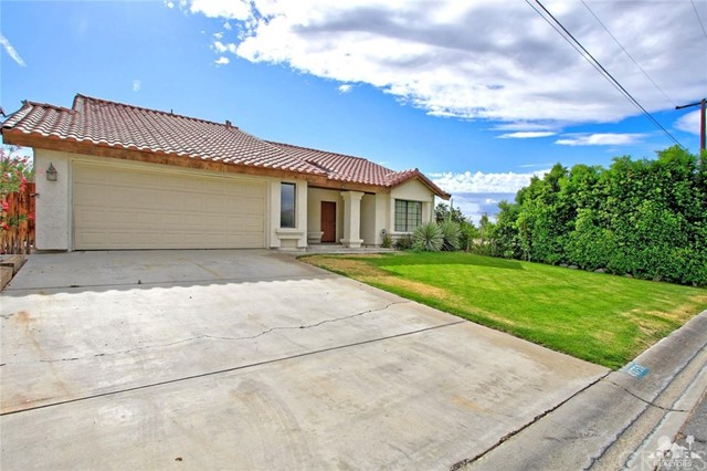 43750 Texas Avenue, Palm Desert CA: http://media.crmls.org/medias/6e749aa2-41f2-4c2c-99a0-3ecb093849cc.jpg