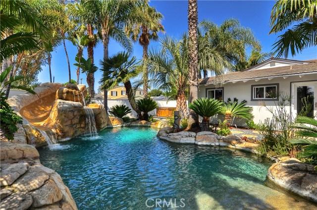 496 Walnut Place, Costa Mesa, CA, 92627