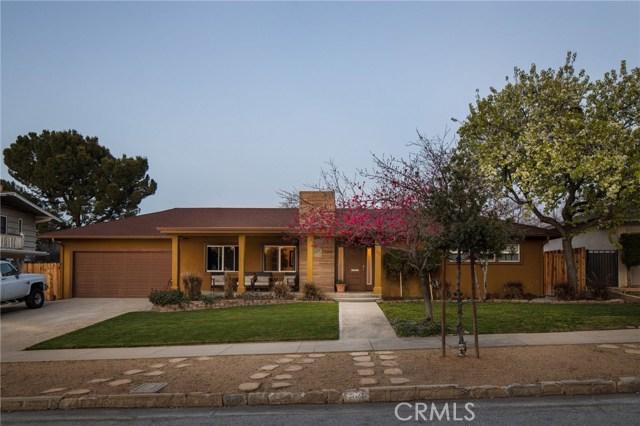 703 Alvarado Street, Redlands CA: http://media.crmls.org/medias/6e9aa642-3429-4a0c-b0b4-042fe83dde96.jpg