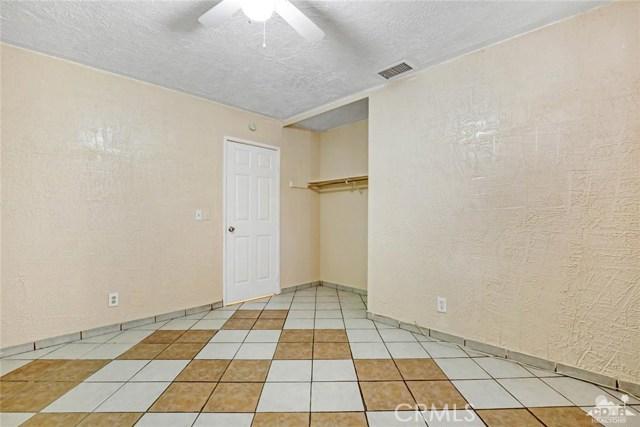 81821 Arus Avenue, Indio CA: http://media.crmls.org/medias/6ec19e3c-5701-4ec5-9f7e-a99e8250cd39.jpg
