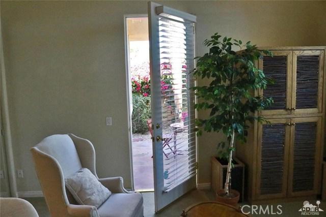 5 Varsity Circle, Rancho Mirage CA: http://media.crmls.org/medias/6ed9115b-32f3-4790-8407-d7b71fc97cdd.jpg
