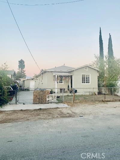465 Cabrera Avenue, San Bernardino CA: http://media.crmls.org/medias/6ed91a19-2977-4efc-bb6f-7a3ad294375f.jpg