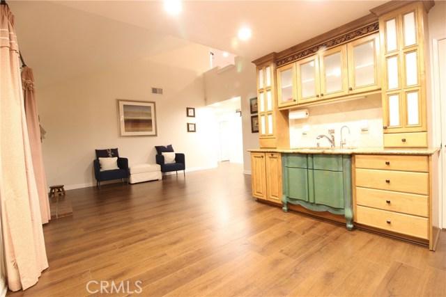 317 Amber Ridge Lane, Walnut CA: http://media.crmls.org/medias/6edd8644-0eb6-47d4-836d-22f607cacca9.jpg