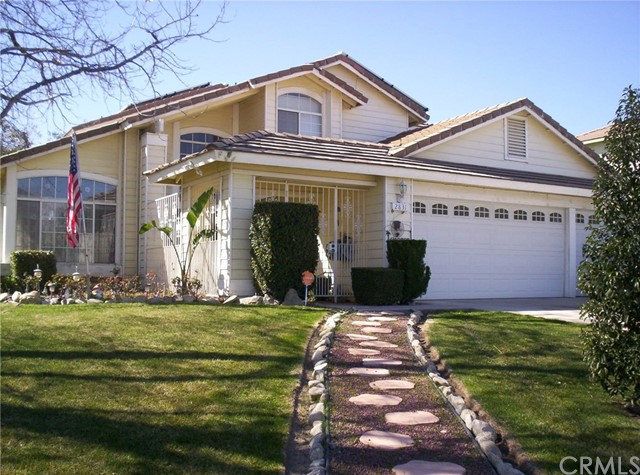 2831 W Calle Celeste Drive Rialto, CA 92377 is listed for sale as MLS Listing AR17067958