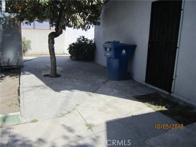 1844 West 38th Place, Los Angeles CA: http://media.crmls.org/medias/6eeebf4f-0d23-4f7f-b638-660c7aa56c16.jpg