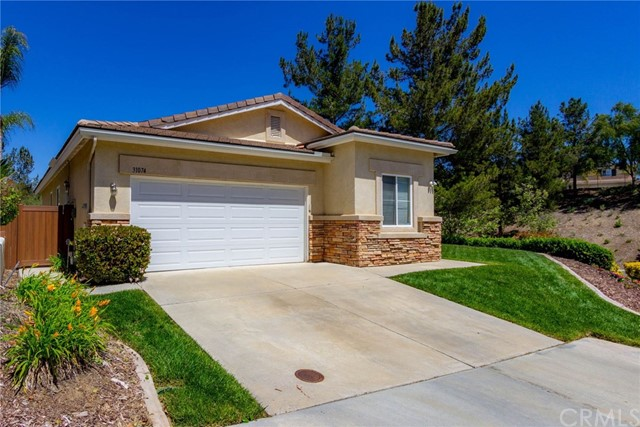 Photo of 31074 Oakhill Drive, Temecula, CA 92591
