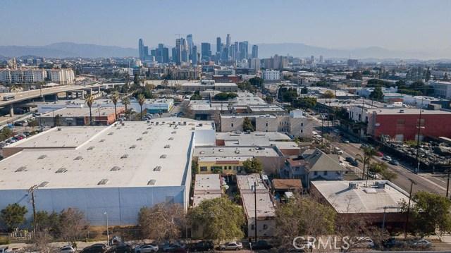311 W 33rd St, Los Angeles, CA 90007 Photo 4