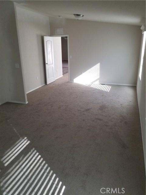 21822 Ellis Avenue, Perris CA: http://media.crmls.org/medias/6f07a29f-d321-4d57-b7b5-270de74d114d.jpg