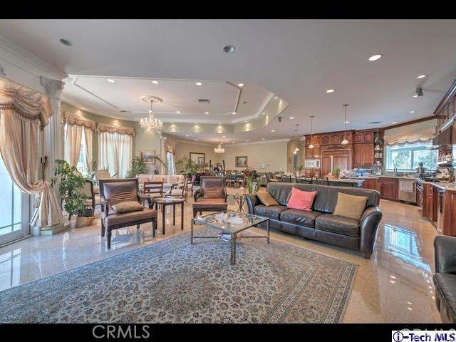 独户住宅 为 销售 在 16540 Sultus Street Canyon Country, 加利福尼亚州 91387 美国