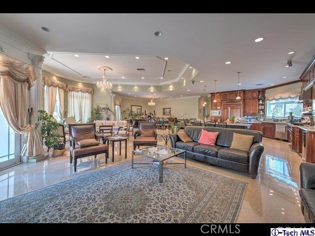 Casa Unifamiliar por un Venta en 16540 Sultus Street Canyon Country, California 91387 Estados Unidos
