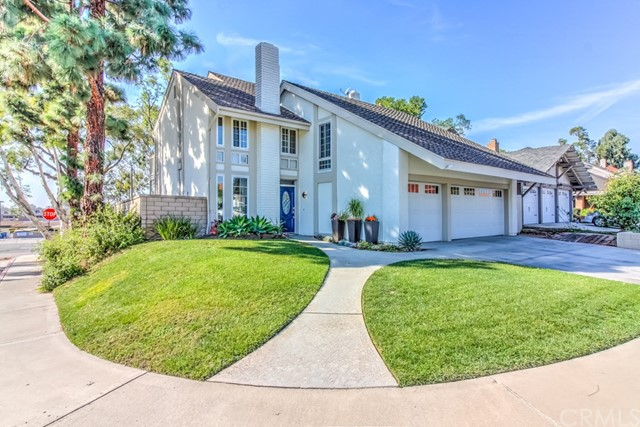 Single Family Home for Sale at 25462 Sawmill Lane Lake Forest, California 92630 United States