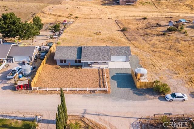 8310 Plane View Place, Paso Robles CA: http://media.crmls.org/medias/6f10efec-55cf-4b02-babf-6a0ebb211909.jpg
