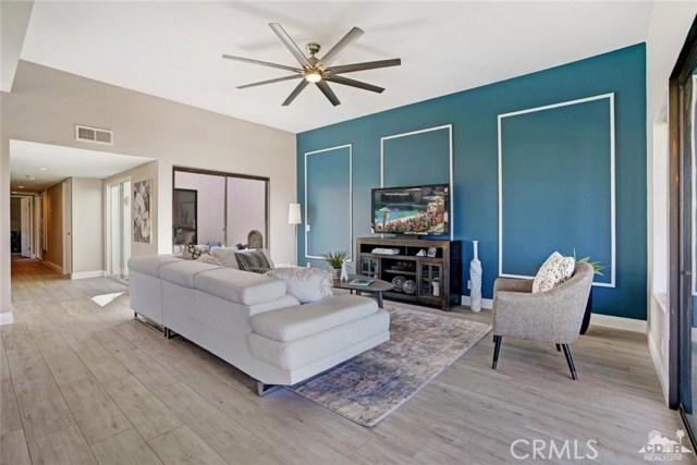 72308 BLUERIDGE Court, Palm Desert CA: http://media.crmls.org/medias/6f11da32-5f0e-4e1a-8ee3-ec8cdfee508e.jpg