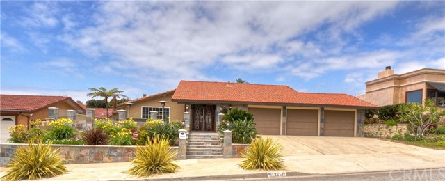 Single Family Home for Sale at 32571 Seven Seas Dana Point, California 92629 United States