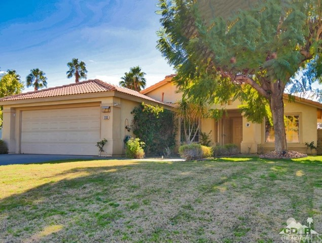 Single Family Home for Sale at 233 Corte Sole Palm Desert, California 92260 United States