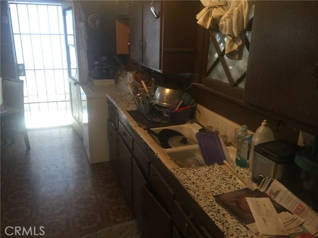 3029 Mary Ellen Drive, Riverside CA: http://media.crmls.org/medias/6f17b007-64fa-4774-9afe-9d6fa412d854.jpg