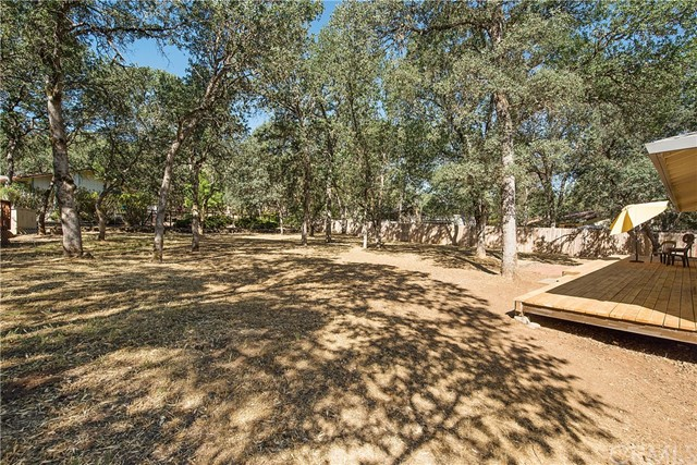 20273 Powder Horn Road, Hidden Valley Lake CA: http://media.crmls.org/medias/6f1cee22-05b6-482c-8366-0e8e93455e55.jpg