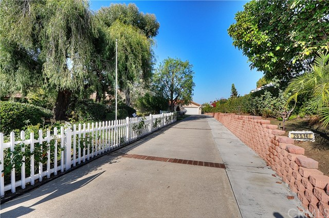Single Family Home for Sale at 26514 Dineral Mission Viejo, California 92691 United States