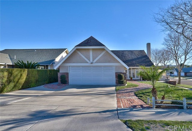 Single Family Home for Sale at 7830 East Amanda St 7830 Amanda Anaheim Hills, California 92807 United States
