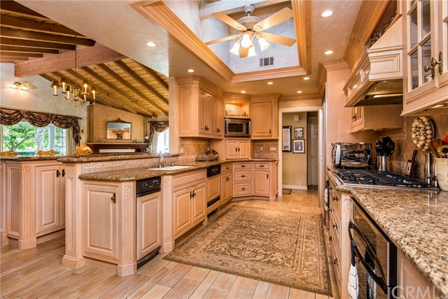 Single Family Home for Sale at 6 Golden Spar Place 6 Golden Spar Place Rolling Hills Estates, California 90274 United States