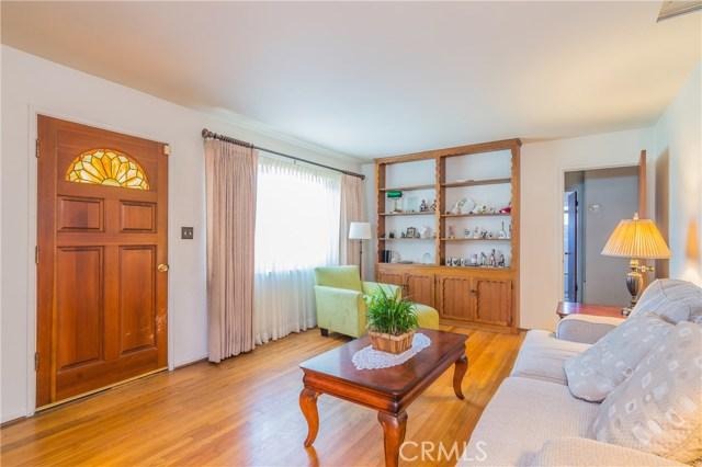 447 Broadmoor Avenue, La Puente CA: http://media.crmls.org/medias/6f3305fd-aa25-495b-a7fc-09c96b7baae1.jpg