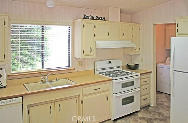 917 S White Dove Drive, Santa Maria CA: http://media.crmls.org/medias/6f497671-ae48-40b0-975a-669fa7691a53.jpg