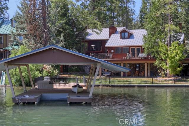 Casa Unifamiliar por un Venta en 53810 Road 432 Bass Lake, California 93604 Estados Unidos