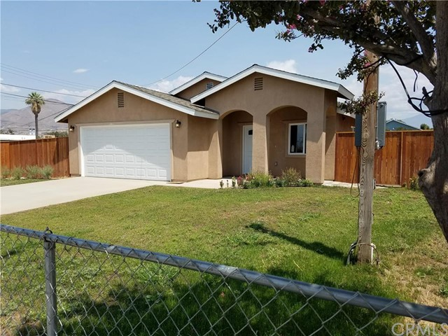 Single Family Home for Sale at 7337 Guthrie Street Highland, California 92346 United States