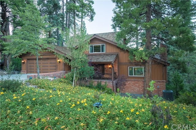 125 N Fairway Drive, Lake Arrowhead, CA 92352