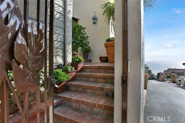 32041 Point Place, Laguna Beach CA: http://media.crmls.org/medias/6f77f934-55b9-466d-b3f3-6c38a83f4179.jpg