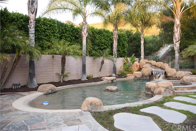 Single Family Home for Sale at 32 Edelweiss St Rancho Santa Margarita, California 92688 United States