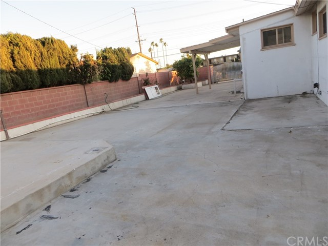 9661 Ball Rd, Anaheim, CA 92804 Photo 12