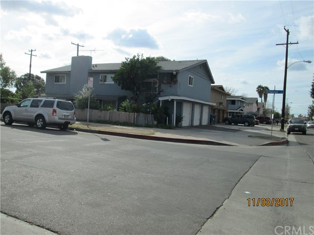 1914 E Adams Avenue Orange, CA 92867 is listed for sale as MLS Listing OC17248519