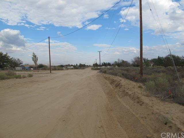 Additional photo for property listing at 0 White Road Phelan, California United States