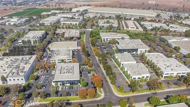 2 Hughes, Irvine, CA 92618 Photo 5