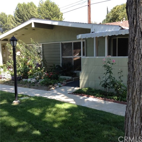 19158 Avenue Of The Oaks D, Newhall, CA 91321