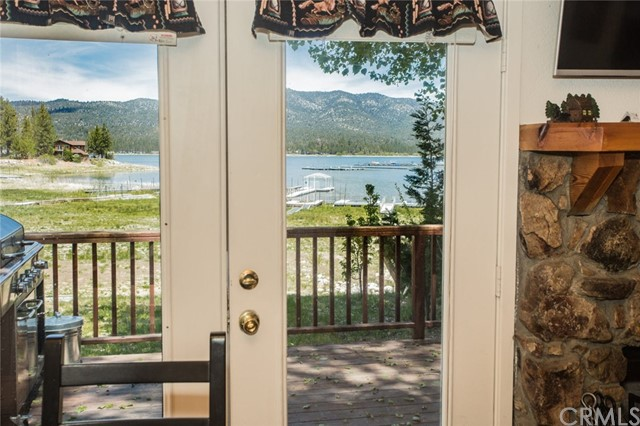 40330 Lakeview Drive Big Bear, CA 92315 - MLS #: EV17116567