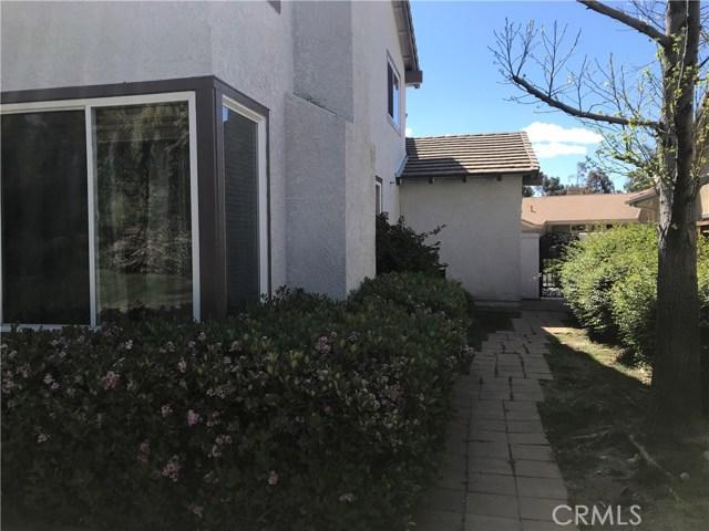 14066 Arcadia Way, Rancho Cucamonga CA: http://media.crmls.org/medias/6f9f9eb0-2e4c-4b4f-9c4f-db518aa3b935.jpg