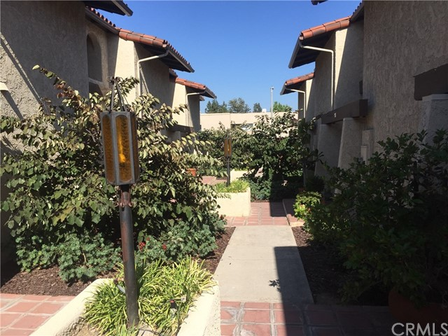 502 W Huntington Drive Unit 10 Arcadia, CA 91007 - MLS #: TR17185778