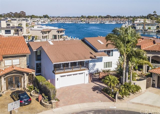 16586  Ensign Circle, Huntington Harbor, California