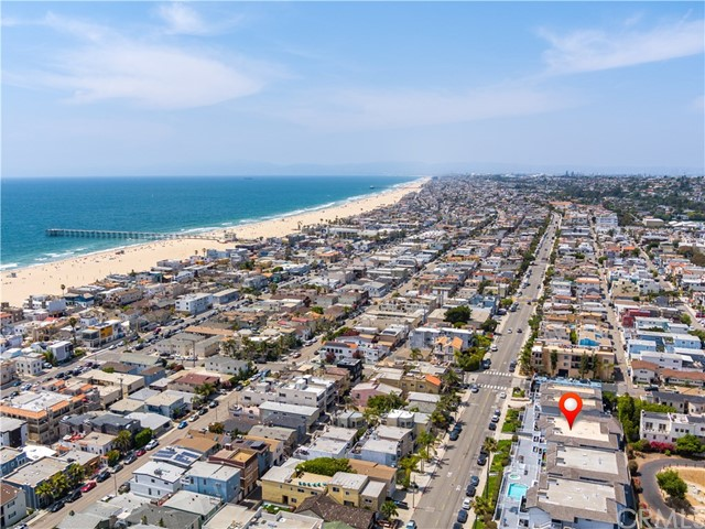 Photo of 446 Monterey Boulevard #H1, Hermosa Beach, CA 90254