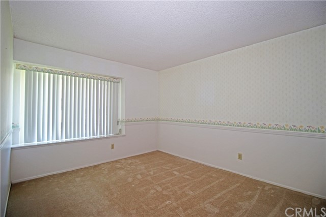 2235 SHERIDAN RD, San Bernardino CA: http://media.crmls.org/medias/6fc2afcc-4c6d-4684-a71b-d07eb6272ce5.jpg