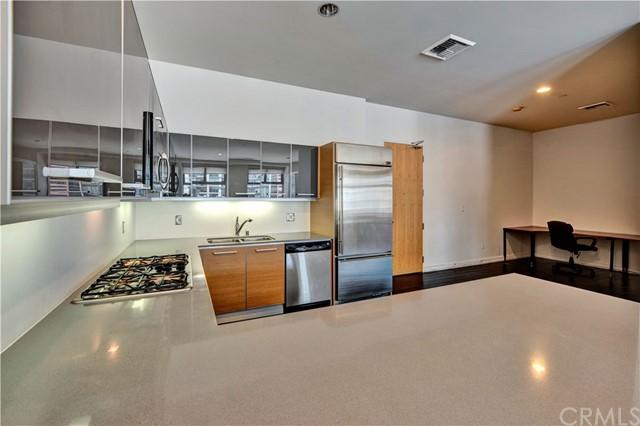 801 S Grand Avenue Unit 1502 Los Angeles, CA 90017 - MLS #: OC18172094