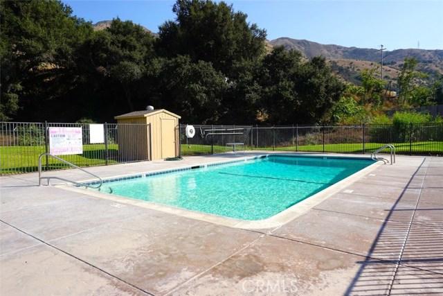 4901 Green River Road, Corona CA: http://media.crmls.org/medias/6fd4d41f-3ba0-457a-a36b-5db880a78b26.jpg