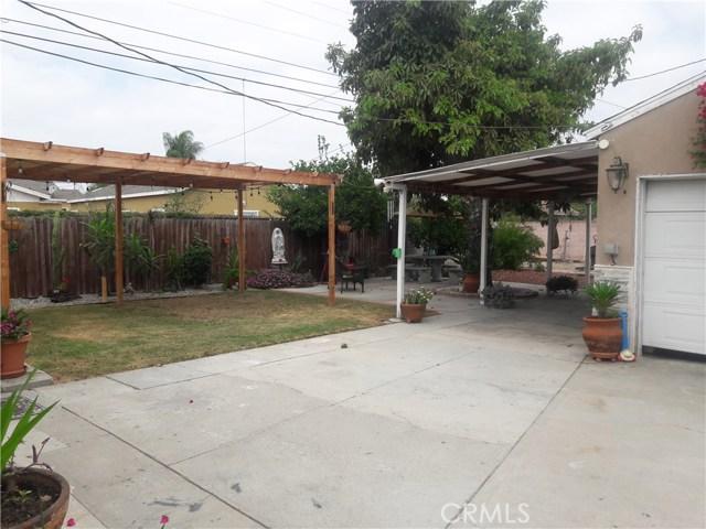 4615 E Bales Street, Compton CA: http://media.crmls.org/medias/6fda4baa-7e25-4c56-9107-011e96ce8e64.jpg
