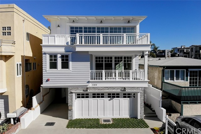 2205 Vista Dr, Manhattan Beach, CA 90266